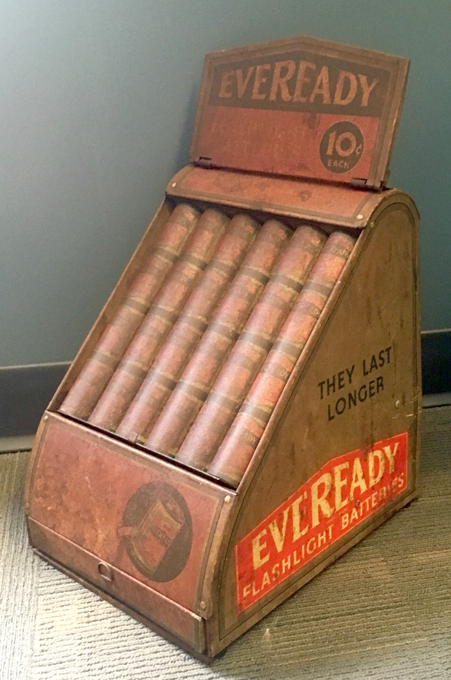 InterNACHI Inspector Museum - Eveready battery display.